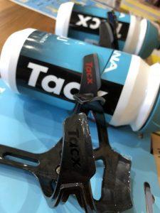 新作 TACX ボトルケージ ciro