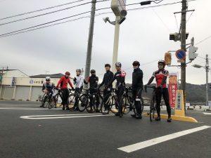 朝サイクリング??